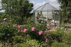 Ruusunmekko garden's greenhouse 'Lataamo' in June 2013