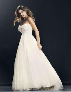 605856c1d267 The 17 most inspiring Årets brudekjole SALG er i gang. Brudekjoler ...