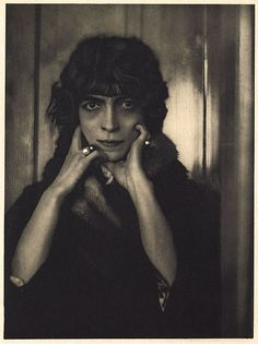 Marchesa Casati  	  De Meyer, Baron Adolf, b.1868-1946  Camera Work XL, 1912  22 x 16.3 cm  Photogravure