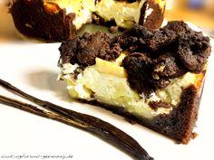 Lowcarb Schokoladen-Apfelkuchen mit Quark ohne Zucker mit Zimt und Eiweißpulver. Nährwerte findest du hier - frisch und low carb Backen - Golden Delicious