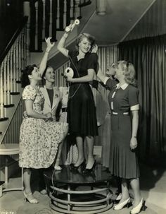 Lana Turner, Ann Rutherford, Anita Louise, Marsha Hunt and Mary Beth Hughes in These Glamour Girls (1939)