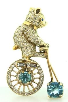 RARE! 1947 FRANK GARGANO MECHANICAL STERLING RHINESTONE FIGURAL BEAR ON BICYCLE   BROOCH PIN