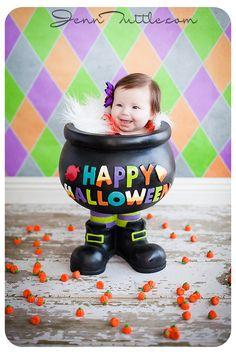 3 months halloween mini session pot prop