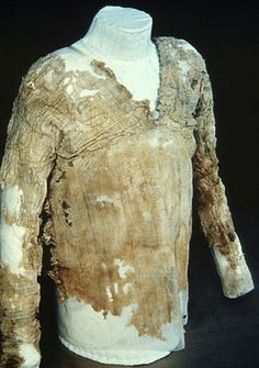 5,000-year-old Egyptian Tarkhan dress declared world's oldest woven garment
