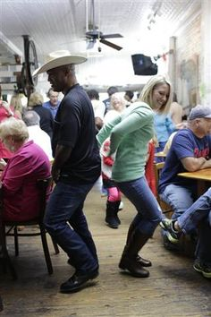 Why people in Louisiana are so happy (and how you can be too). A zydeco breakfast (yes, breakfast! dancing at just one of many cafes!) at Café Des Amis in Breaux Bridge, Louisiana.