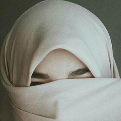 @SofiaRanelle Hijab Dp, Hijab Niqab, Muslim Hijab, Hijab Outfit, Hijabi Girl, Girl Hijab, Beautiful Muslim Women, Beautiful Hijab, Muslim Fashion