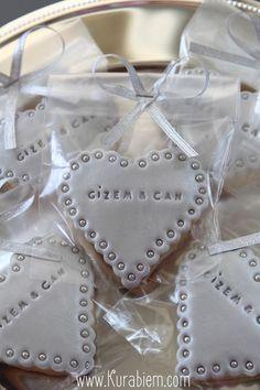 Engagement cookie , wedding cookie , birthday cookie , düğün kurabiyesi , nişan kurabiyesi , söz kurabiyesi , silver cookie, istanbul cookie, gümüş kurabiye