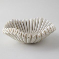 Ruffled Marble Bowl - - An elegantly ruffled edge adds dramatic appeal to this fluted marble bowl. Slab Pottery, Pottery Bowls, Ceramic Pottery, Clay Bowl, Clay Clay, Clay Vase, Ceramics Projects, Ceramics Ideas, Ceramics Tile