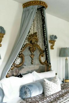 30 French Country Bedroom Design and Decor Ideas for a Unique and Relaxing Space - The Trending House French Decor, French Country Decorating, Home Bedroom, Bedroom Decor, Bedroom Ideas, Master Bedroom, Bedroom Furniture, 70s Bedroom, Bedroom Retreat