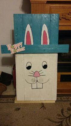Easter rabbit pallet sign