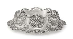 AN AMERICAN SILVER CENTERPIECE BOWL, REDLICH & CO., NY, FIRS