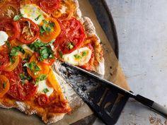 Image via We Heart It #food #tomatopizza #pizza^-^