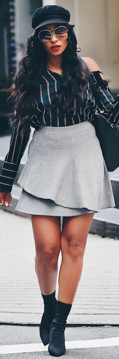 This Skirt Will Make You Feel Absolutely Amazing - How To Style By Morgan Bethel http://ecstasymodels.blog/2017/10/09/skirt-amazing-style-morgan-bethel/