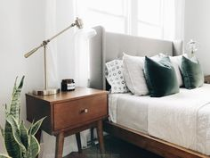 Mid Century Modern Master Bedroom @thejennaogle