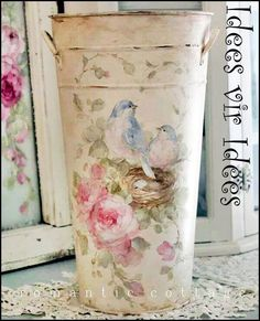 Tin vase transformed into beauty. I will try this with the vase I have