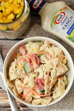 Easy summer pasta salad recipe with Kraft dressing. This is so delicious and you make it in a JAR!