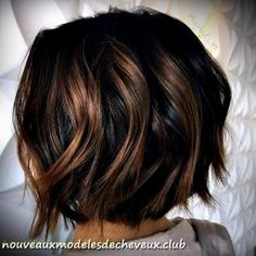 Classic Brunette Balayage - 20 Inspirational Long Choppy Bob Hairstyles - The Trending Hairstyle Brown Balayage Bob, Brown Hair With Highlights, Brown Hair Colors, Caramel Highlights, Purple Highlights, Balayage Bob Brunette, Soft Balayage, Short Brunette Hair, Purple In Brown Hair