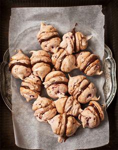 mini raspberry + chocolate ganache meringue kisses  |  What Katie Ate