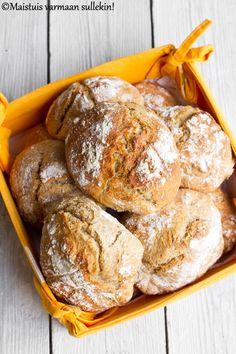 Maistuis varmaan sullekin!: Namasten sämpylät Bread Recipes, Cooking Recipes, Salty Foods, Daily Bread, Sweet And Salty, No Bake Desserts, Bread Baking, Food And Drink, Lunch