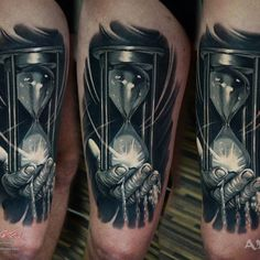 Hourglass, thigh tattoo on TattooChief.com