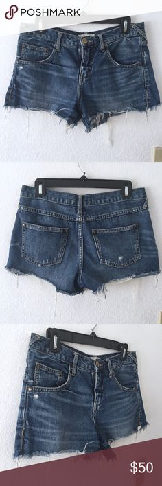 Free People Cut Off, Frayed Hemline Denim Shorts - Frayed, raw hemline - Distressed denim detailing - Has side slits - Zipper/button closure (zipper in working condition) - Excellent condition! - No damages  FRAYED DENIM SHORTS ARE A SUMMER MUST-HAVE! Free People Shorts Jean Shorts