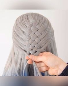 Basket Braid 💙 - Beauty is Art Girl Hairstyles, Braided Hairstyles, Hairstyles Videos, Basket Braid, Natural Hair Styles, Short Hair Styles, Hair Styles Cool, Hair Upstyles, Hair Videos
