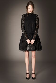 http://www.style.com/slideshows/fashion-shows/pre-fall-2015/rochas/collection/15
