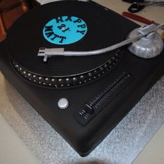 Woot turntable cake made my talented mummy