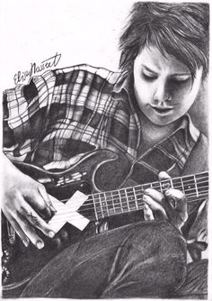 this is my drawing of Michael Clifford from 5sos! Hope you all like it! // follow me on Instagram: ellihsarts //