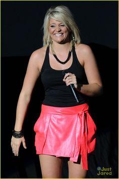 Lauren Alaina Sings Kitty Wells Tribute - Listen Now!   lauren alaina pink skirt 02 - Photo
