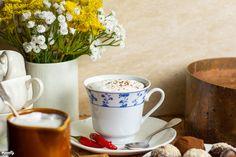 Vianne chilis forró csokoládéja | Nosalty Chili, Drinks, Tableware, Drinking, Beverages, Dinnerware, Chile, Tablewares, Drink