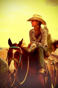 I love just chillen on my horse Cowgirl And Horse, Cowboy Up, Cowboy And Cowgirl, Horse Love, Cowgirl Hair, Pretty Horses, Beautiful Horses, Cowgirls, Danse Country