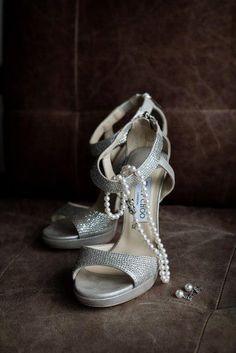 Good idea - take a picture of all the  bride's accessories