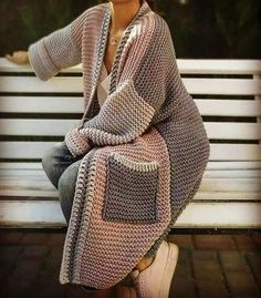 hippie outfits 762234305668168593 - Bohemian sweater, hippie fashion knit sweater, winter sweaters Source by bohoandflower Crochet Coat, Crochet Cardigan, Crochet Clothes, Knit Fashion, Sweater Fashion, Boho Fashion, Hippie Mode, Hippie Style, Tie Dye Outfits
