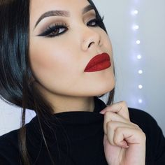 Early V-Day makeup inspo for you loves since Valentine's Day is fast approaching! Although it may not be everyone's cup of tea, this is my personal preference.
