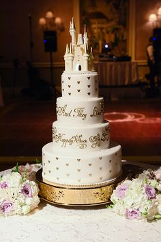 """And they lived happily ever after"" Walt Disney World wedding cake"