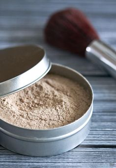 Homemade Loose Face Powder | Why buy when you can make your own Natural Makeup? Check out our 22 DIY Cosmetics Bucket List, it's Easy and the Ingredients are super Simple.