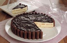 Torta alemã com palotinhos de chocolate!!! :)