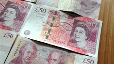 The British pound has plunged to new lows against the euro and the US dollar due to growing concerns about Britain's departure from the European Union (EU).  Sterling slumped to $1.2740 on Tuesday, its lowest in the past 31 years. This is almost 15 percent weaker than before the EU referendum on June 23, when nearly 52 percent of British voters decided to end the country's membership in the EU.