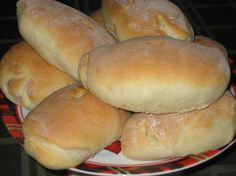 Hoagie Rolls: Made these on 10/5/12 as part of dinner for my in-laws. Halved the recipe and it made 6 small hoagie rolls and 6 round dinner rolls. Four days later, they are still soft and delicious. Worked well for small sandwiches. Very easy; will definitely make again!