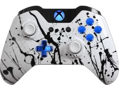 The Custom Controller Creator allows you to create the custom Xbox One & controllers of your dreams. Modify the exterior options to match your favorite sports team, your favorite video game character or your personal style. Mando Xbox One, Xbox One S, Xbox One Games, All Video Games, Video Game Rooms, Video Game Characters, Custom Xbox One Controller, Xbox Controller, Xbox Xbox