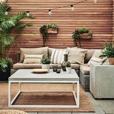 Backyard Seating, Backyard Patio Designs, Small Backyard Landscaping, Concrete Backyard, Backyard Ideas, Backyard Pools, Garden Seating, Outdoor Seating, Backyard Decorations