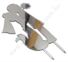Lançamento Gift Placas! Topo de Bolo em Acrílico Espelhado! Mais brilho e elegância para sua festa. Compre neste link: http://www.giftplacas.com.br/loja-virtual/lancamentos/topo-de-bolo-em-acrilico-espelhado