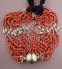 Morocco | Silver and coral necklace | Old wedding necklace (agd) is the work of Jewish goldsmiths from Ouarzazate | 1'500- Euro