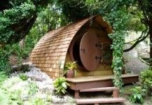 Bespoke hobbit houses