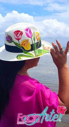 a12b75463dcf4 Los sombreros de Paja Toquilla son un patrimonio cultural de la humanidad.  FacinArte by Gloria