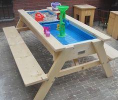Bekijk de foto van LizzyvW met als titel leuke zand en water (picknick) tafel en andere inspirerende plaatjes op Welke.nl.