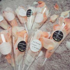 韓国ウェデングで流行中♡透明のフラワーコーンが可愛すぎ♡ | marry[マリー]