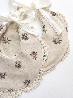 Handmade Linen & Lace Bib | Nine Toes & Co on Etsy