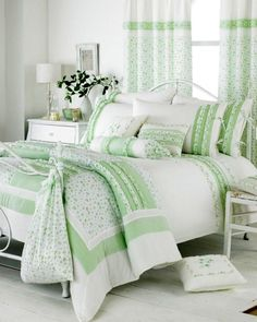 deminsions of squares and detail on chic green